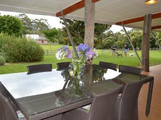 Lynden Farm - Eco Friendly Country Retreat, Tamborine Mountain