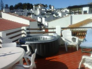 3 bedroom townhouse /terrace Hot Tub/Spa/wifi, Velez-Malaga