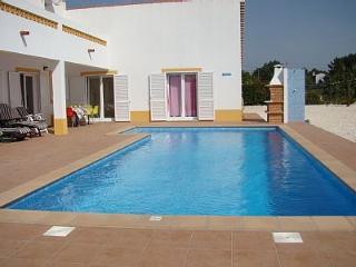 Zissou Blue Villa, Aljezur, Algarve