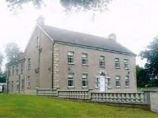 Front of Dundrum House, built in the 1720's.