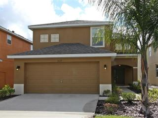 Like New! 4, Beds , 3 Baths , Pool -5-TVS-WIFI, Kissimmee