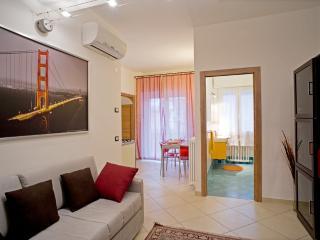 Moderne Ferienwohnung in Rimini, 50 m vom Strand, Rivabella