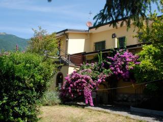 Appartamento in villa vicinissima al lago