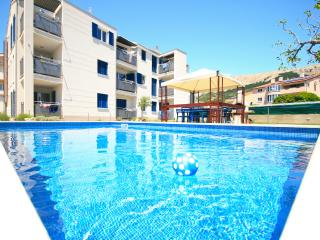 Adorami Apartments A7, Baska