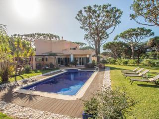 Villa Rubi, Vilamoura