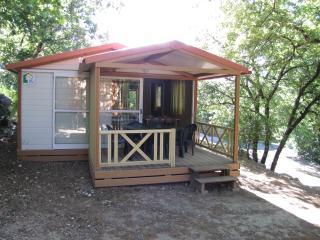 Camping Les Chênes Verts. Chalet 5 personnes., Vogue