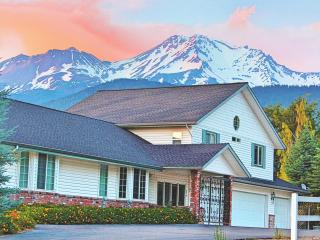 Alpenglow Manor Guest House, Monte Shasta