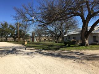 Country Farmhouse, Glen Rose