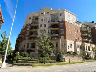 Beautiful 1 Bedroom Condo, Charlotte