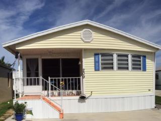 Nettles Island, FL #209,  2 bed 1 bath, Jensen Beach