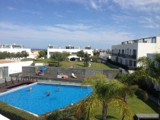 Modern Penthouse with shared pool, Tavira