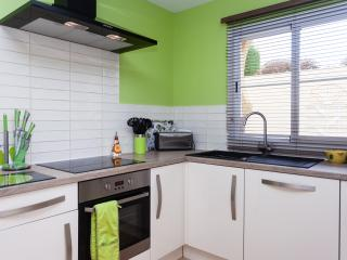 Sanlucar holiday Villa - Super kitchen with everything you need for a self catering holiday