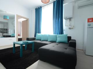 Uptown 29 Apartment