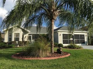 Beauiful Home with golf cart in the Villages FL, The Villages