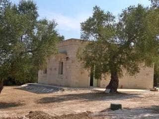 casa in mezzo agli ulivi, Otranto