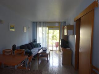 Apartamento en Salou con piscina