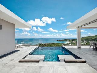 Luxurious,modern beachview Villa