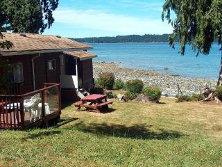 Waterfront Summer Cottage