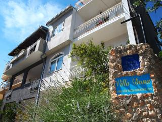 Apartment Villa Dona 6+1