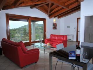 Splendida villa vista mare, con piscina e giardino, Capitana