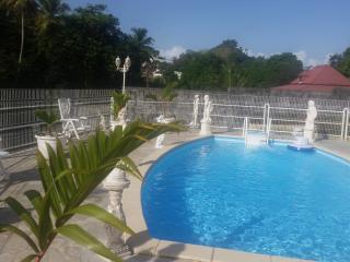 Superbe T3 dans residence privee avec piscine
