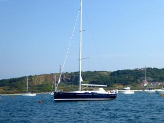 Yacht sleeps six Braye Harbour Aderney