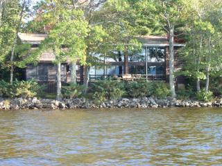 Ossipee Lake House - Waterfront, Smooth Natural Sand Lake -- All Seasons