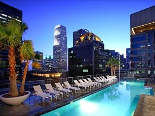 'The Center of it All !' DTLA Luxury Suite, Los Ángeles