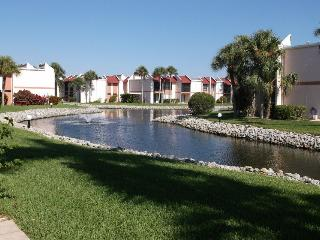 Relaxed Old Florida lifestyle at Runaway Bay 127
