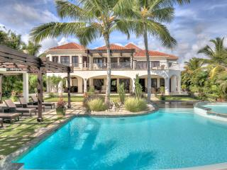 4 Bedroom Oceanview villa in the exclusive Arrecife enclave of Punta Cana Resort