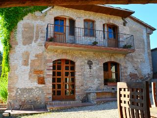 Restored with love ecocountry house near Barcelona