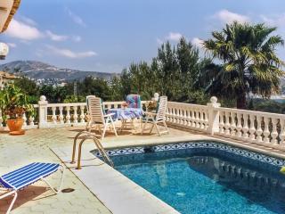 Costa Blanca villa with pool, sea view, Moraira