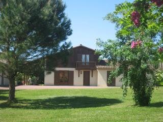 Les Pieces du Moulin Villa & Private Heated Pool, Chalais