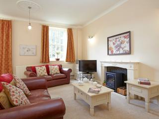 Spacious lounge with Virgin Media Cable TV, Bluetooth stereo and free wi-fi