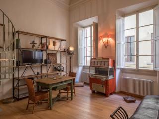 Santa Croce Vintage Apartment