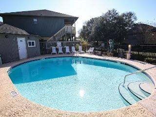 Comfortable, Clean and Affordable 4 Bedroom Guest Cottage at Myrtle Beach SC