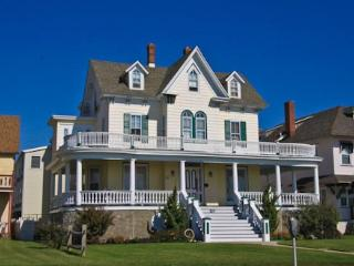 819 Beach Avenue 126929, Cape May