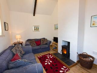 Peaceful character cottage with woodburner