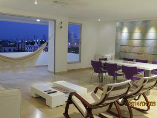 Confortable Apartment 330 mts Centro, Matuna CTG, Cartagena