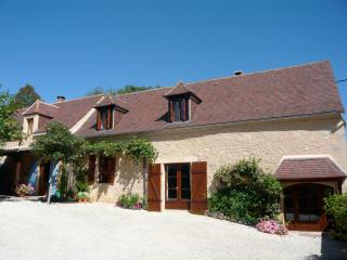 Welcome to your Dordogne French holiday home, Les Eyzies-de-Tayac-Sireuil