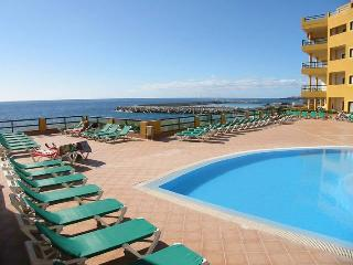 8 - Apartment with BALCONY & Side Sea View - (Roof Top Solarium not available)