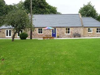 The Old Smithy, Kelso, sleeps 6, 3 beds, 2 baths,