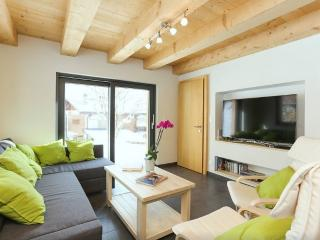 Riders Nest - Cosy 3 Bedroom Chalet 5 Min To Lifts, Le Châble