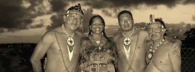 Liliane propriétaire avec ses amis amérindiens