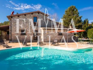 Casale Giulia 6 sleeps, Emma Villas Exclusive