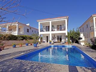 Lula Villa with private pool