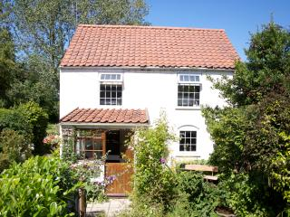 Goleby's Cottage in the rural village of Hickling