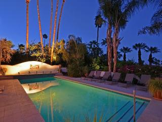 Huge Old Hollywood Estate with Large Private Pool, Palm Springs