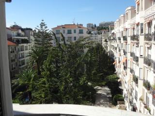 Rue Bottero, Nice - 2 bedrms, sleeps 5, elevator, Niza