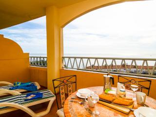 Sea View Apt, Fuengirola